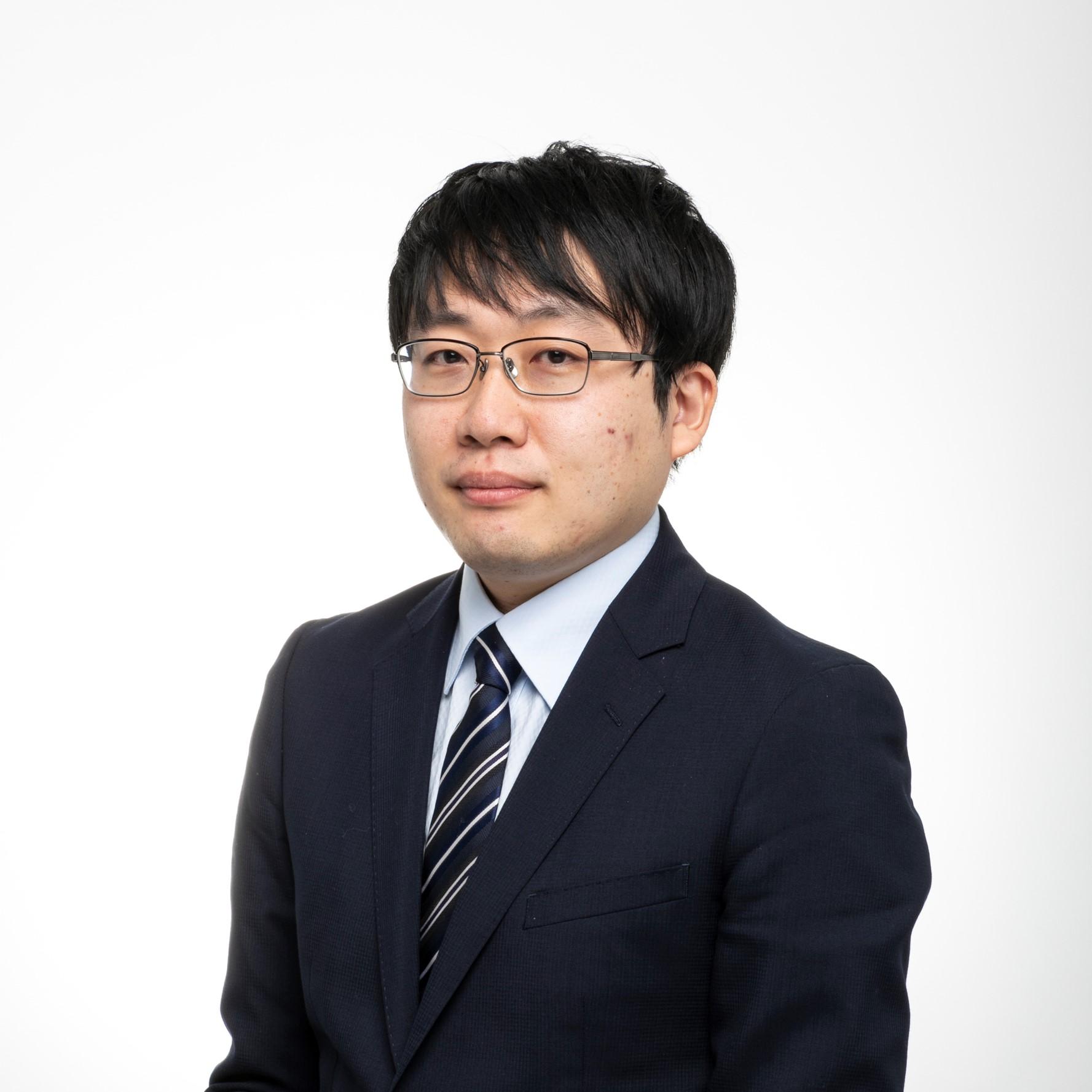 手塚 雄太